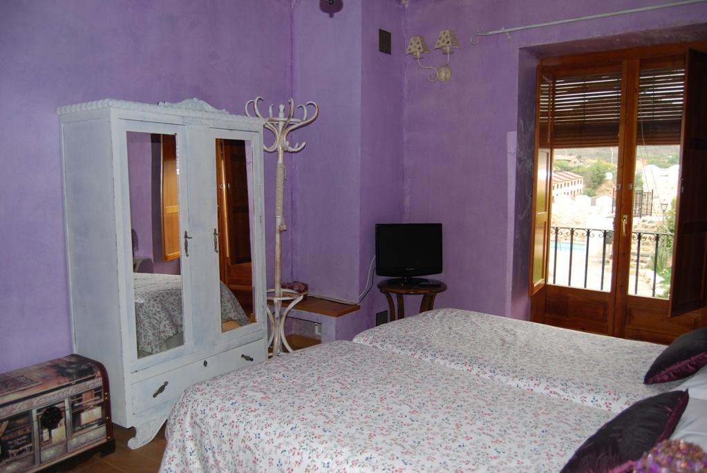 Habitacion casa rural Jadraque