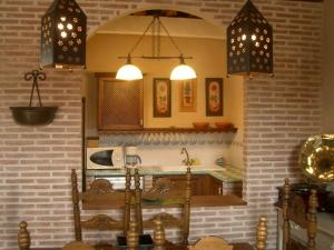 COCINA PASAMANOS 300x225 - COCINA PASAMANOS