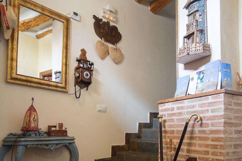 entrada y escaleras 3